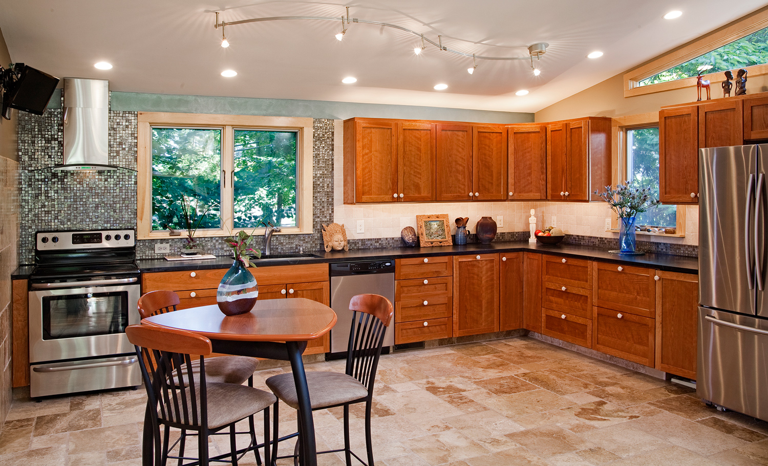 It S Time To Convert Your Kitchen Into The Room You Ve Always Wanted It To Be The Experts At Mergen Company Will Work With You From The Time Of Initial